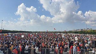 Aşı karşıtları İstanbul Maltepe'de buluştu