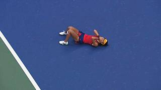 Tennis, US Open da favola: ha 18 anni la nuova regina Emma Raducanu