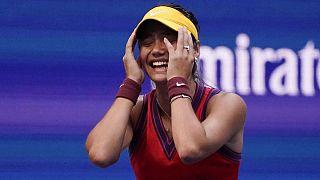 Emma Raducanu, nueva estrella del tenis tras ganar el Abierto de EEUU sin perder ningún set