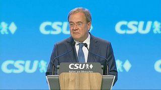 Germania, la corsa per il dopo Merkel: in calo il partito della Cancelliera