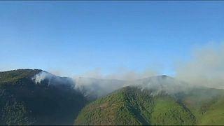 Foto aérea del incendio de Sierra Bermeja, en Málaga, España.