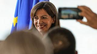 Francia: la sindaca di Parigi Hidalgo si candida alle presidenziali del 2022