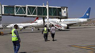 Taliban sonrası Afganistan'a ilk uluslararası uçuş İslamabad-Kabil seferi olarak gerçekleşti.