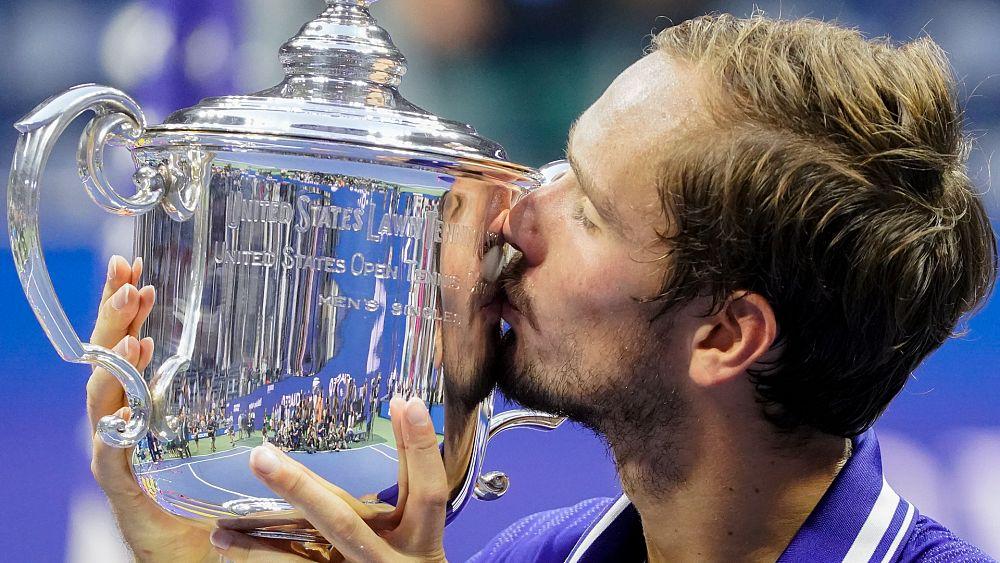 El ruso Medvedev vence a Djokovic para ganar el US Open