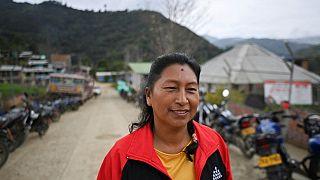 Celia Umenza sonríe durante su entrevista con AFP