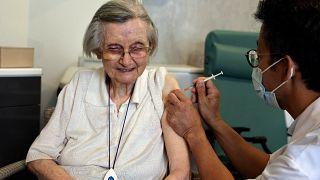 600 000 personnes âgées dans les Ehpad sont concernées par la campagne de rappel pour une troisième dose de vaccin contre le Covid-19