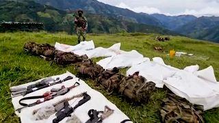 Armas y cuerpos de los miembros del Clan del Golfo, Antioquia, Colombia, 12/9/2021