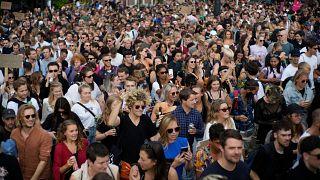 آلاف المعارضين للقيود المرتبطة بكوفيدـ19يتظاهرون في العاصمة الهولندية أمستردام. 2021/09/11