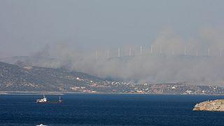 تحطم طائرة إطفاء حريق في جزيرة إيفيا، شمال غرب أثينا، الاثنين 23 يوليو 2007.
