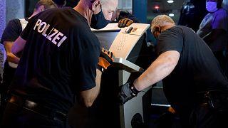 Almanya'da yasa dışı bahis çetesine operasyon