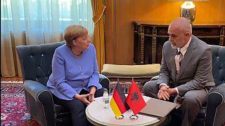 Hat nyugat-balkáni kormányfővel találkozott Angela Merkel