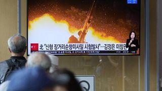 """مشاهد على التلفزيون لتجارب صواريخ كروز بعيدة المدى لكوريا الشمالية""""."""