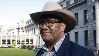یکی از دو رهبر حزب مائوریهای نیوزیلند
