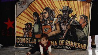 سفر کاروان زاپاتیستا به سوی اروپا/ فرودگاه مکزیکوسیتی