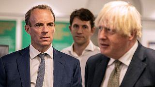 Dışişleri Bakanı Dominic Raab ve Başbakan Boris Johnson