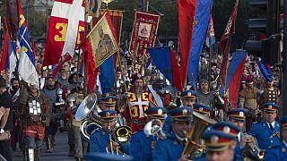 """Sérvia celebra """"Dia da Unidade, Liberdade e Bandeira Nacional"""""""