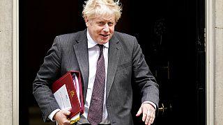 Boris Johnson cambia su ministro de exteriores, Raab, muy criticado por la retirada de Afganistán