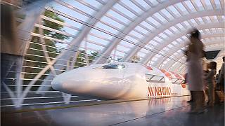 AB Komisyonu, kıtada tren yollarının geliştirilmesi için 1 milyar euroluk kaynak ayırdı.