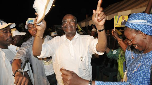 Gabon : décès de Casimir Oyé Mba, ancien Premier ministre d'Omar Bongo