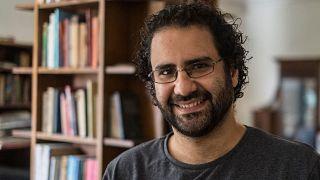 الناشط والمدون المصري علاء عبد الفتاح خلال مقابلة في منزله بالقاهرة، في مصر، في 17 مايو 2019.