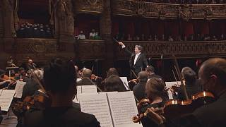 A new chapter: Gustavo Dudamel's story at the Paris Opera begins.