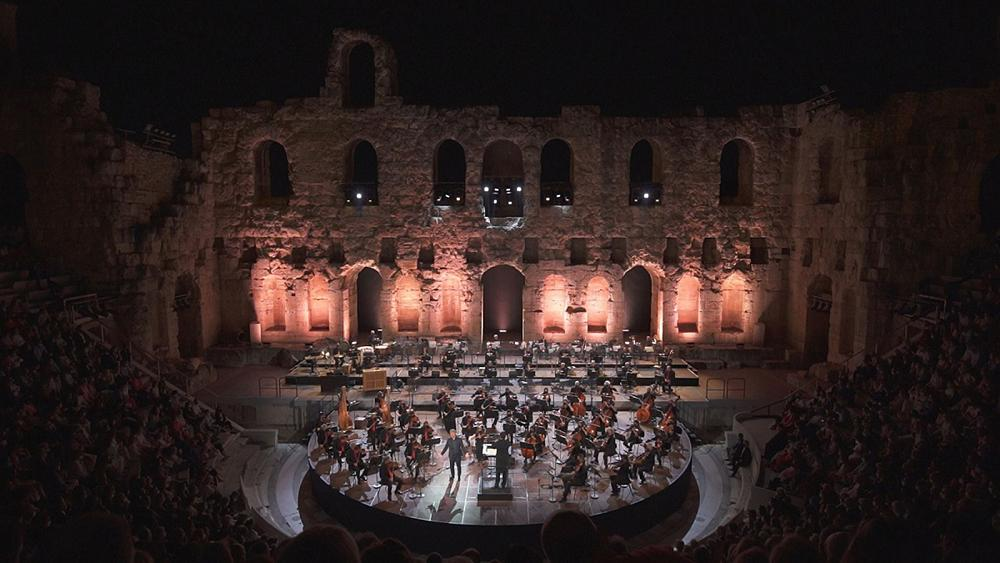 Jonas Kaufmann cautiva a Atenas en un entorno deslumbrante