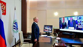 ولادیمیر پوتین با ویدیو کنفرانس در اجلاس سران سازمان همکاری شانگهای شرکت کرد