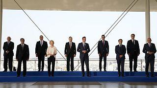 Οι ηγέτες των χωρών που έλαβαν μέρος στη Σύνοδο EUMED9 στην Αθήνα και η πρόεδρος της Κομισιόν