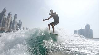 Wakesurfing στο Ντουμπάι