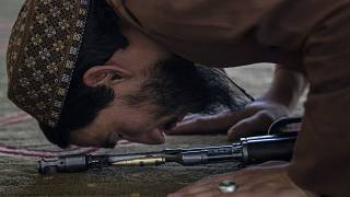 ویدئویی از نماز جمعه کابل؛ امام جماعت: خوشحالیم که افغانستان اکنون امن است