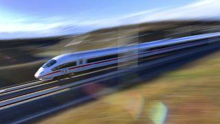 صورة لقطار ألماني كهربائي فائق السرعة