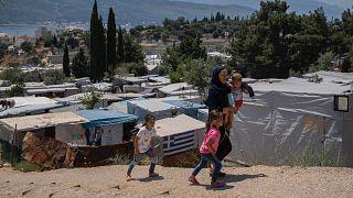 Sisam adasıdan çadır kampta kalan göçmenler