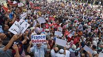 """Tunisie : la rue dénonce une """"dérive autoritaire"""" du président Saied"""