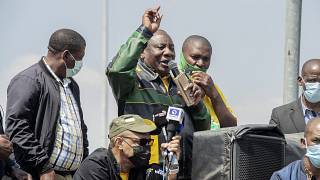 Ramaphosa electioneers to sceptical Sowetans without electricity