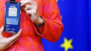 Ursula von der Leyen, az Európai Bizottság elnöke bemutatja az új COVID-19 digitális utazási igazolványt júniusban