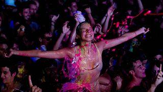 أرشيف حفلة في إسبانيا