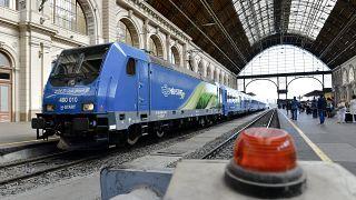 A Connecting Europe Express a Keleti pályaudvaron