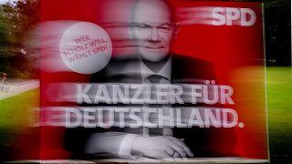 بیلبورد تبلیغاتی اولاف شولتز، سرلیست حزب سوسیال دموکرات در انتخابات پارلمانی آلمان