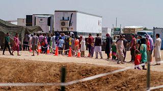 صف پناهجویان افغان برای دریافت غذا در نیومکزیکو، آمریکا