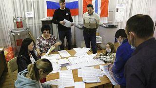 El partido de Putin ganaría las elecciones a la Duma según los primeros escrutinios