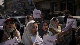 Διαδήλωση γυναικών στην Καμπούλ