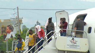Migrantes haitianos chegam a Port-au-Prince