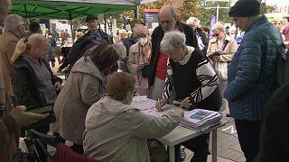 Szavazás a Széll Kálmán téren