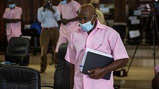 """1994'te yaşanan soykırımı anlatan """"Hotel Ruanda"""" (Ruanda Oteli) filmine ilham kaynağı olan ve ülkesinde terörle itham edilen Paul Rusesabagina"""