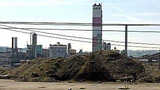 L'usine AZF, un an après l'explosion, image du 11 septembre 2002, à Toulouse