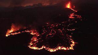 Imágenes del volcán de Cumbre Vieja proporcionadas por el Instituto Geológico y Minero de España