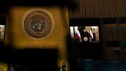 İran Cumhurbaşkanı Reisi: Yaptırımlar kalkacaksa ABD ile müzakerelerden yanayız