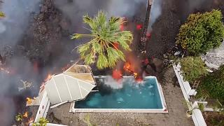 Пальма: лава приближается к океану