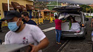 Evacuation des habitants du village de Los Llanos sur l'île de La Palma dans l'archipel espagnol des Canaries - le 22/09/2021
