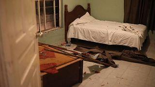 Un cuarto de hotel saqueado después de una redada nocturna, 22/9/2021, Ciudad Acuña, México
